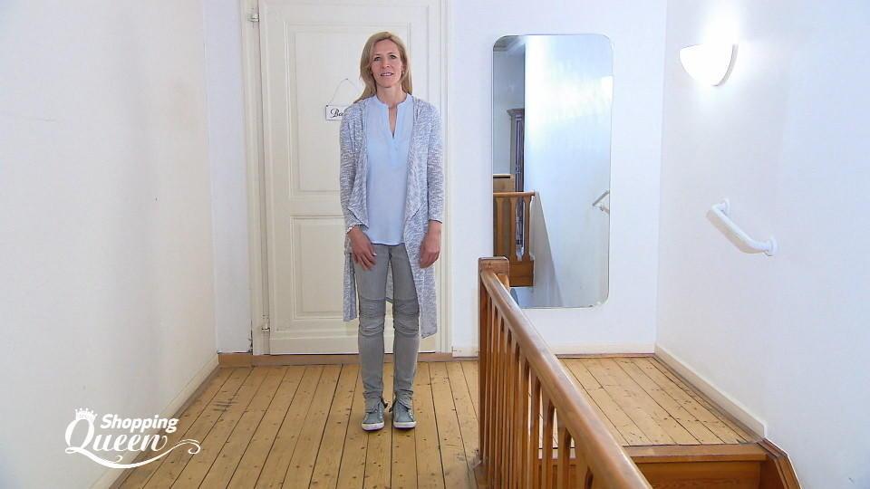 shopping queen steffi aus d sseldorf im style check. Black Bedroom Furniture Sets. Home Design Ideas