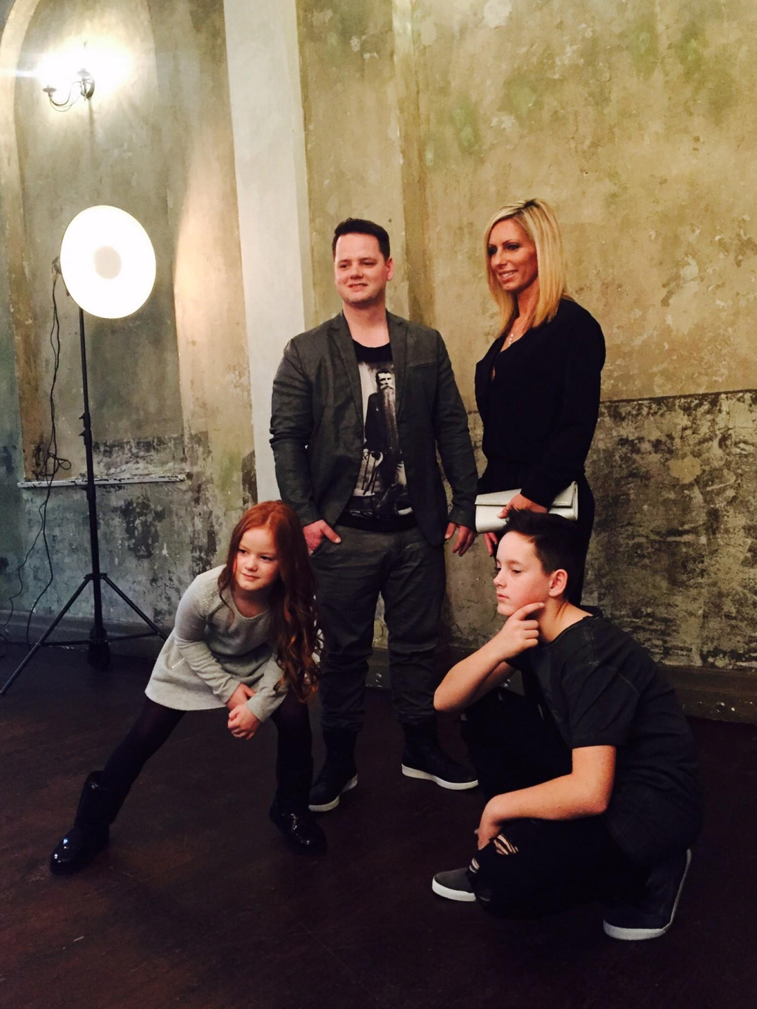 Shopping Queen – Familien-Spezial: Backstage beim Familien-Fotoshooting