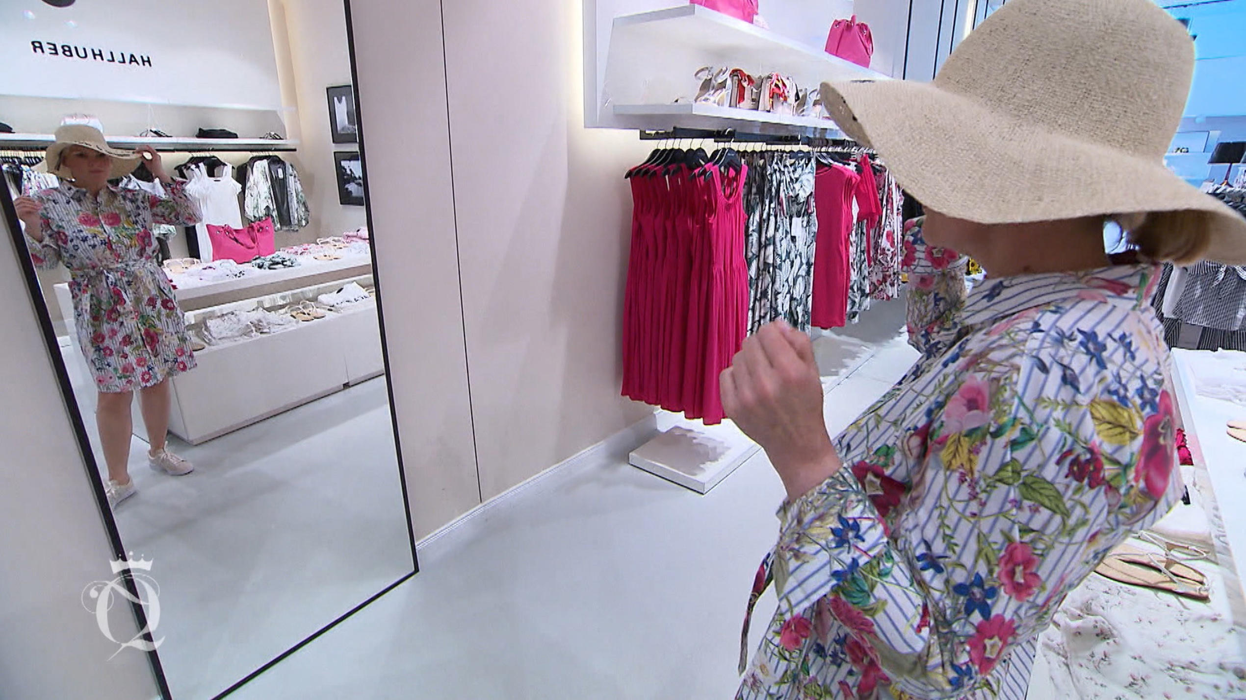 Shopping Queen in Köln: Dienstagskandidatin Rike beim Shoppen