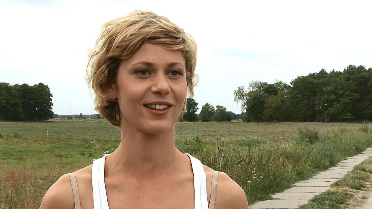 Katharina Schlothauer Nackt