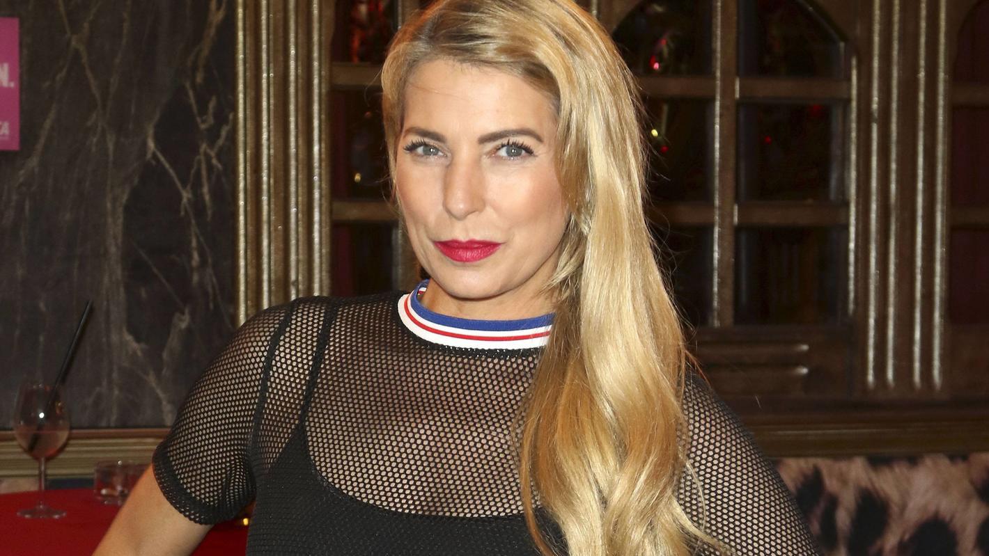 Giulia Siegel splitternackt: Heißes Foto mit 45 Jahren