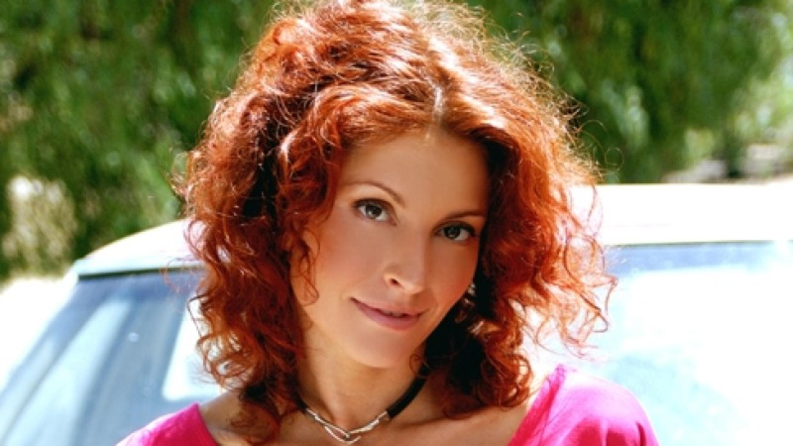 Simmone Mackinnon