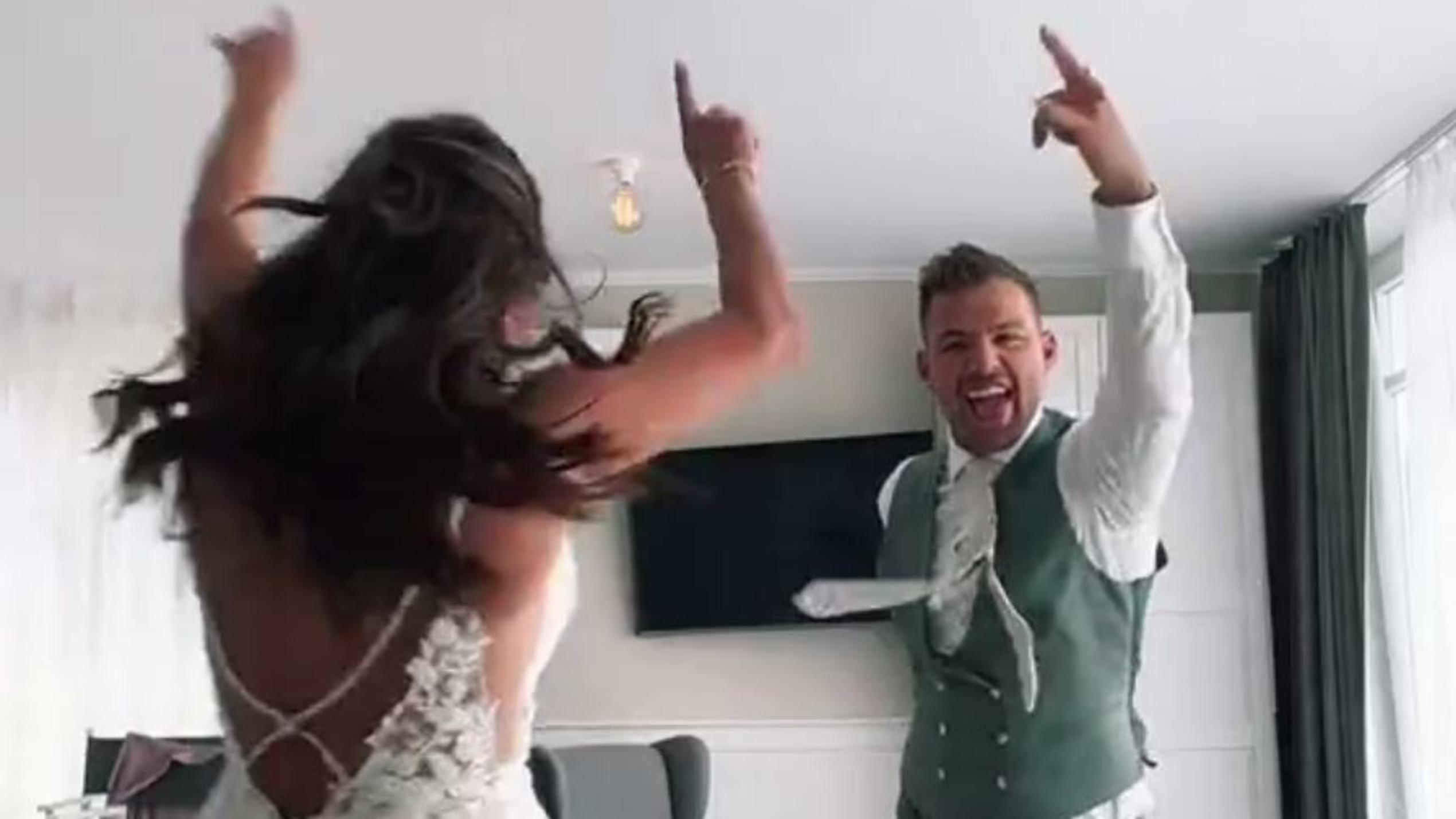 Sarah & Julian Engels: Verrücktes Brautpaar lässt es nach