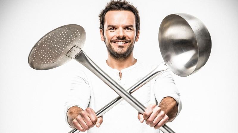 Grill den Henssler: Das ist Koch-King Steffen Henssler | {Kochshow henssler 24}