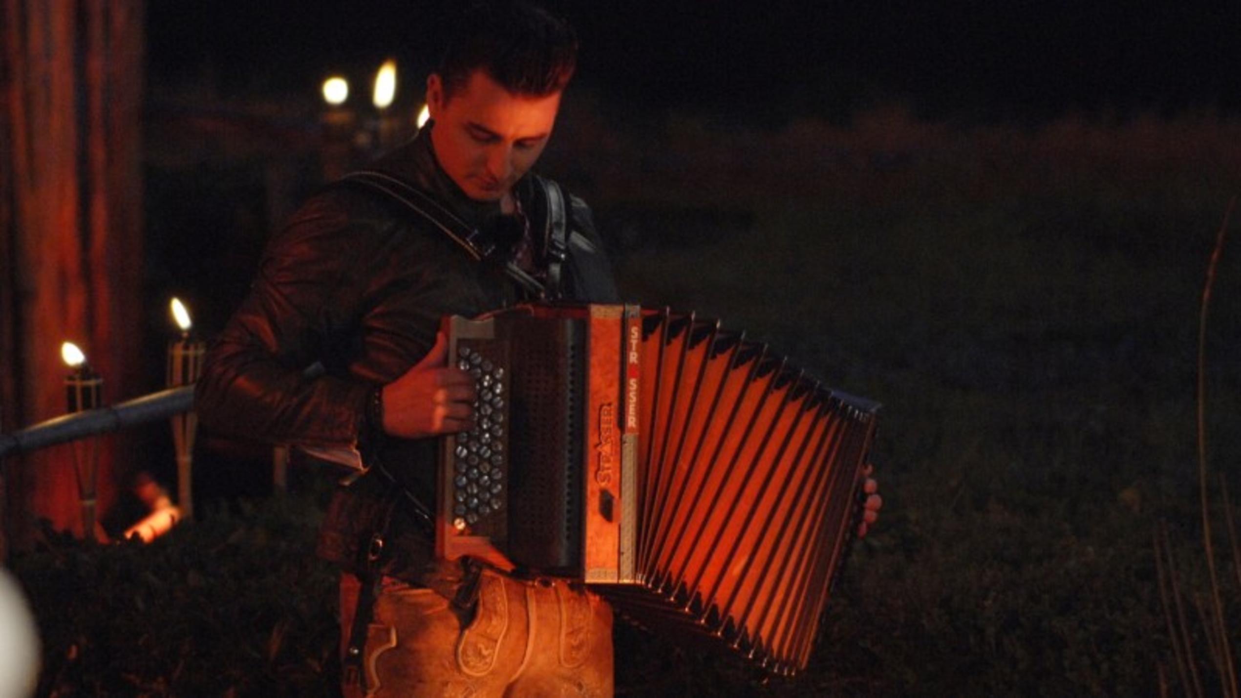Sing meinen Song: Andreas Gabalier eröffnet das Tauschkonzert