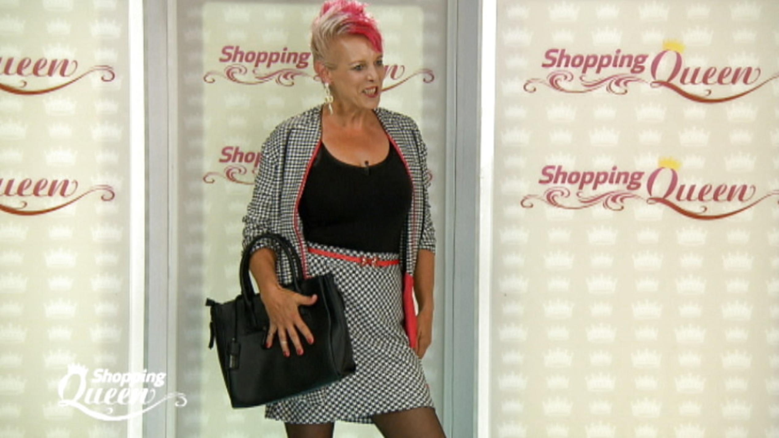Steffi Shopping Queen