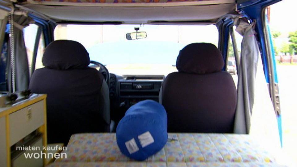 mieten kaufen wohnen marcos kunde haust im vw bus. Black Bedroom Furniture Sets. Home Design Ideas