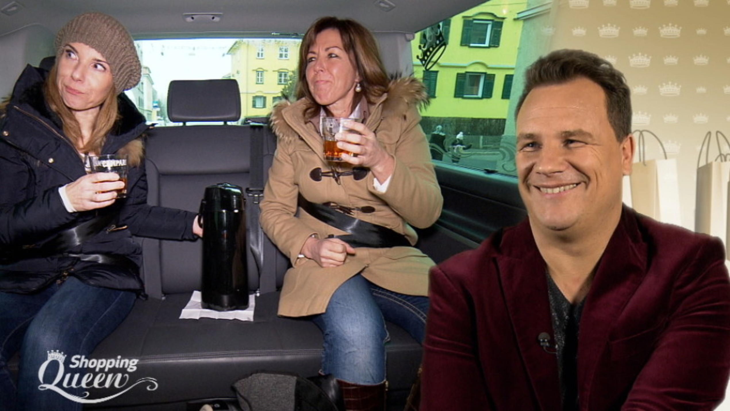 "Uschi hat Spaß im ""Shopping Queen""-Mobil."