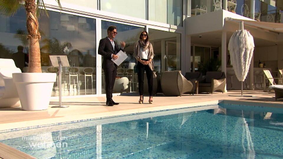 mieten kaufen wohnen eine suite im luxushotel als. Black Bedroom Furniture Sets. Home Design Ideas