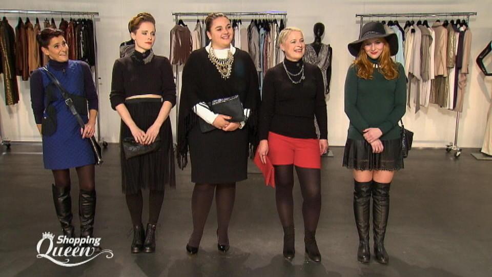 shopping queen regina will ein kleid mit einem rollkragenpullover kombinieren. Black Bedroom Furniture Sets. Home Design Ideas