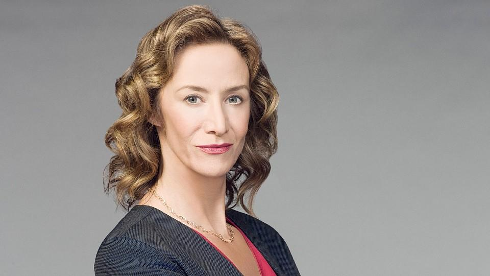 "Janet McTeer spielt bei ""Battle Creek"" Commander Guziewicz"
