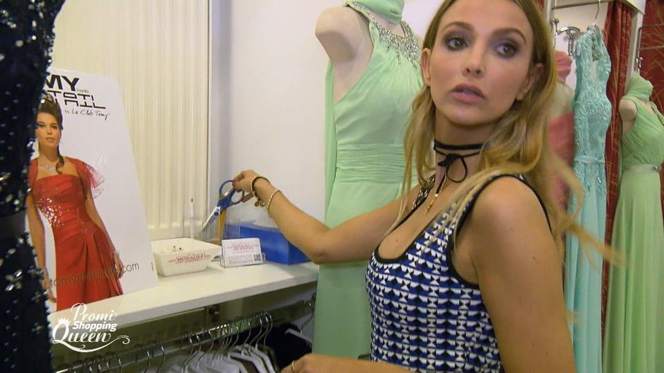 Promi Shopping Queen Sophie Hermann Klaut Eine Schere