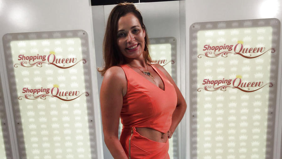 """Shopping Queen""-Kandidatin Manu auf dem Catwalk"