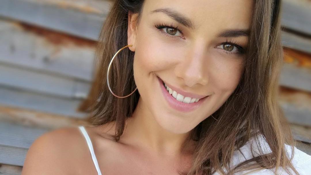 Haare ab: Janina Uhse hat jetzt einen neuen Look