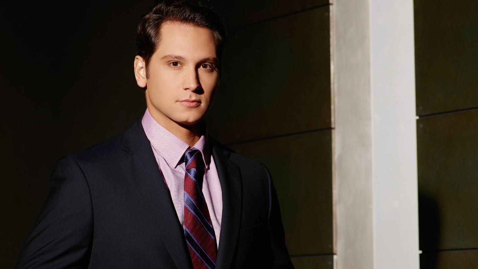 2. Staffel: Asher Millstone (Matt McGorry)