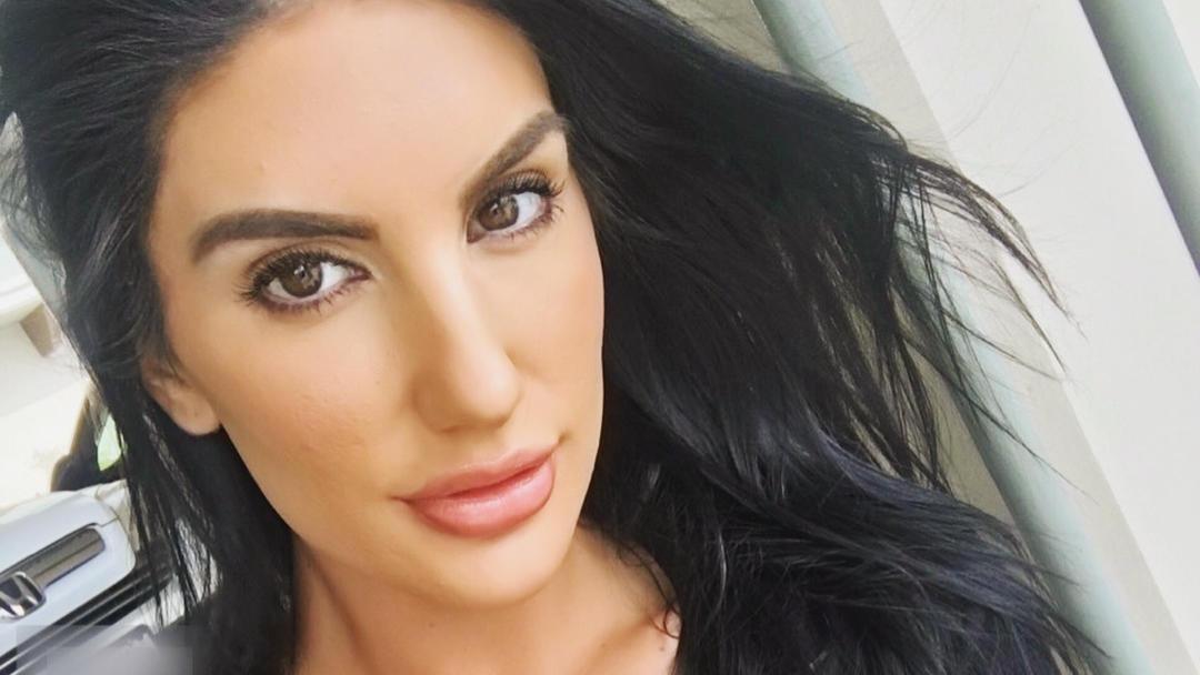 Sie lag tot in ihrer Wohnung: Porno-Star August Ames