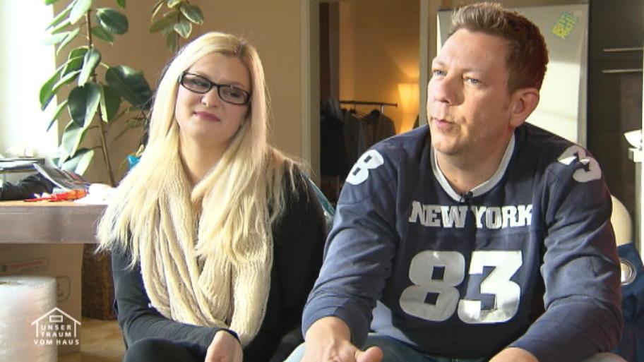 Lina Und Lars Freuen Sich Auf Ihr Fertighaus