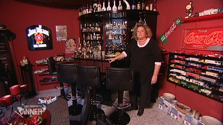 Andrea lädt in die private Hausbar