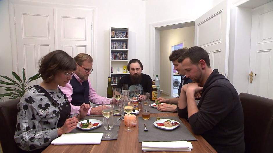 Marko Serviert Mousse Au Chocolat Mit Bacon
