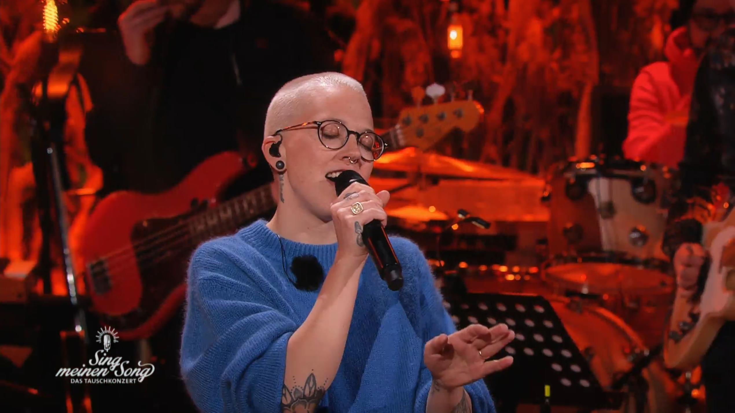 "Stefanie Heinzmann haut mit ""Love Is All Around"" alle um"